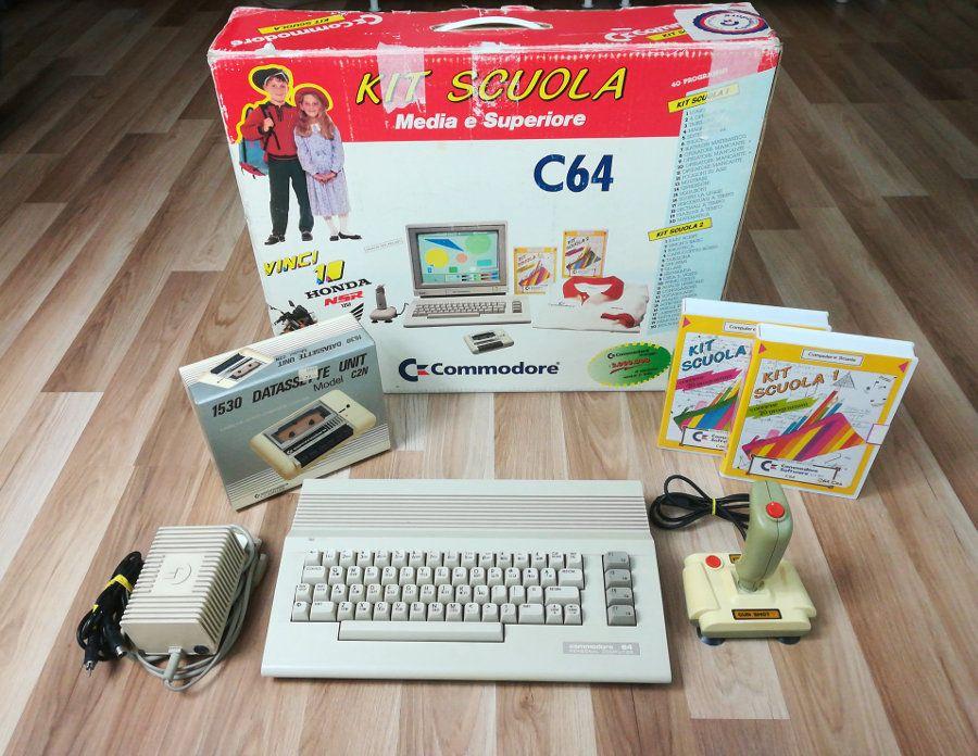 C64c Bundle con Kit Scuola